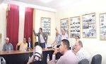 إقالة النائب الثاني لرئيس جماعة أفورار تثير فوضى داخل قاعة الاجتماعات
