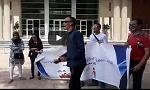 المكفوفون يحتجون داخل باحة ولاية جهة بني ملال خنيفرة